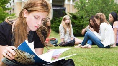 Госдума отклонила законопроект, по которому служащие должны отозвать детей из зарубежных школ