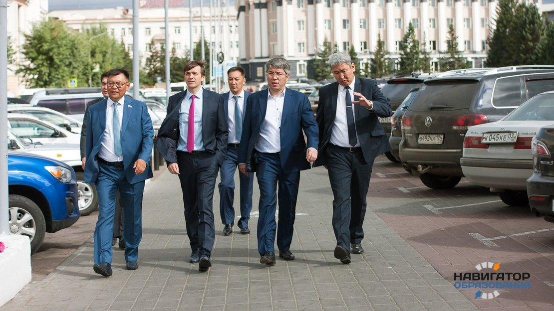 Сергей Кравцов на Байкальском образовательном форуме