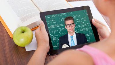 ВШЭ откажется от чтения классических лекций