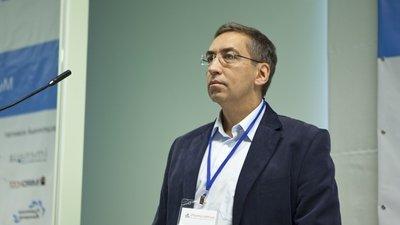 Игорь Ашманов предложил ввести «отработку» для уезжающих на Запад выпускников вузов