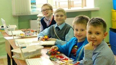 Власти Санкт-Петербурга готовятся к переводу школ на семидневную рабочую неделю