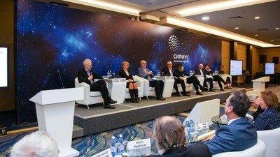Российское правительство намерено возродить наставничество в системе образования