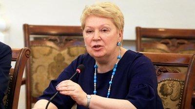 Глава Минпросвещения РФ заявила о необходимости сокращения школьной администрации