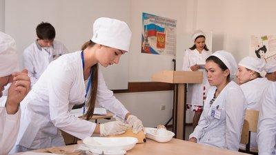 Студенты медвузов будут получать доплату к стипендии за работу по специальности в Севастополе