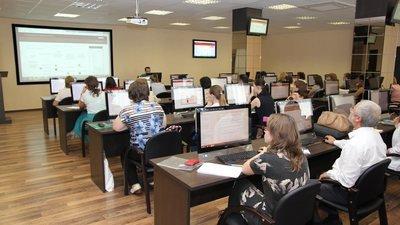 До 2024 года во всех российских регионах появятся новые центры повышения квалификации для учителей