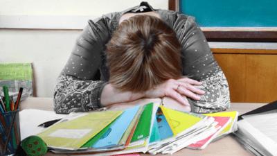 В Санкт-Петербурге планируют с 1 сентября снизить на 10% бюрократическую нагрузку на учителей