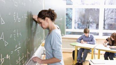 Глава Минпросвещения России сообщила об увеличении нагрузки на учителей школ