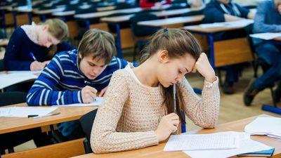 Кабмин определил необходимые условия адаптации для школьников, участвующих в олимпиаде за границей