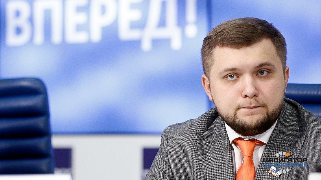 Депутат Госдумы от ЛДПР предложил приравнять базовый оклад зарплаты учителей к МРОТ