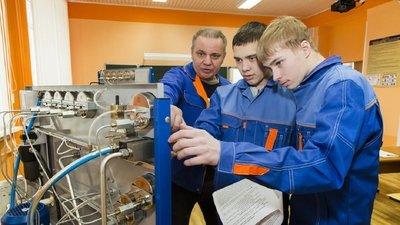 Более миллиона студентов колледжей РФ пройдут обучение на модернизированных рабочих местах