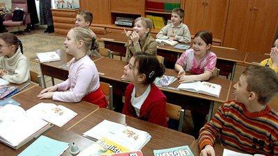 Парламентарий от ЛДПР предложил не вводить изучение иностранного языка до пятого класса