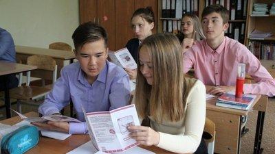 РПЦ разработает проекты антиалкогольных занятий для школьников