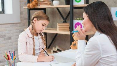А. Кузнецова раскритиковала темпы увеличения числа психологов в российских школах