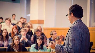 Научная общественность выступают против принятия закона о просветительской деятельности