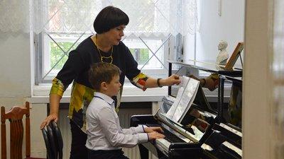 Проект закона об особом регулировании детских школ искусств поддержали в Госдуме РФ