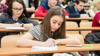 Вузы РФ планируют вводить вступительные экзамены, игнорируя ЕГЭ