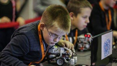 В школах РФ будут запущены курсы по искусственному интеллекту