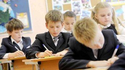 О типовом школьном расписании, федеральных рабочих программах для учителей и оснащении сельских школ