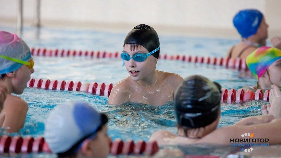 В систему образования и организованного детского отдыха в России намерены включить плавание
