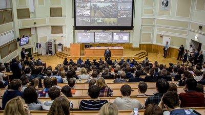 В Госдуме РФ предложили установить предельно допустимые цены за обучение в вузах