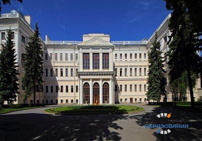 В Санкт-Петербурге отмечают годовщину снятия блокады Ленинграда