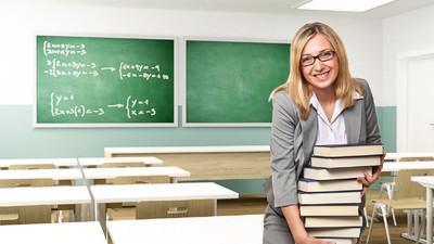 65% жителей России не хотят карьеры учителя для своих детей