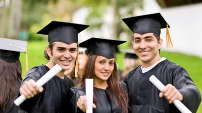 Эксперты: диплом престижного вуза далеко не гарантирует высокооплачиваемую работу