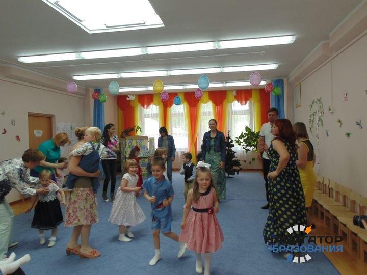 Все воспитатели детских садов РФ должны будут получить высшее образование