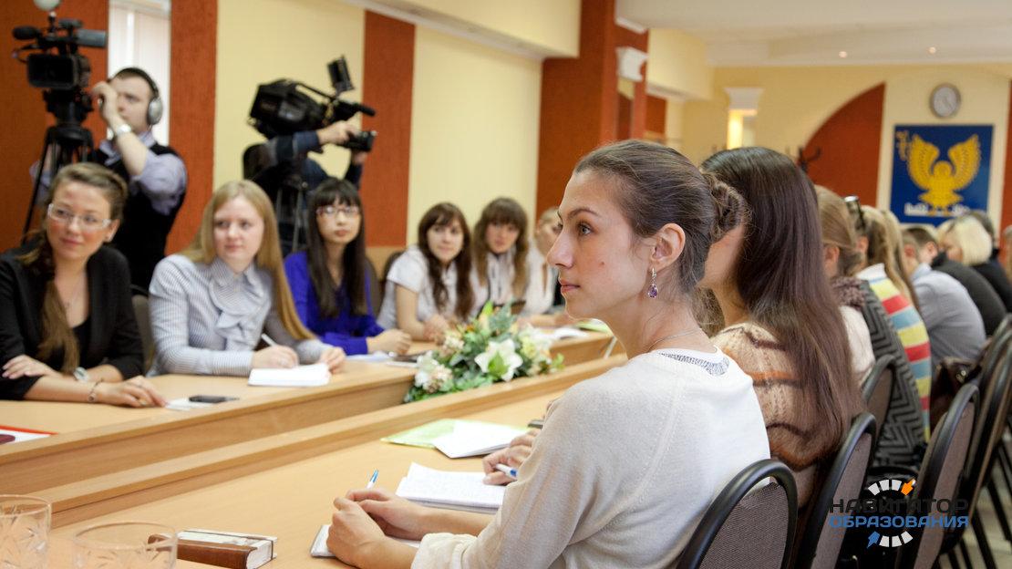 Костромские школьники успешно поступили в вузы