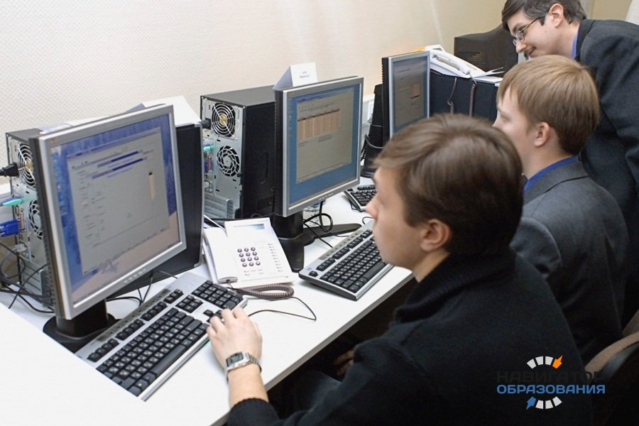 Свыше 600 тысяч российских школьников станут участниками апробации новых КИМ ЕГЭ