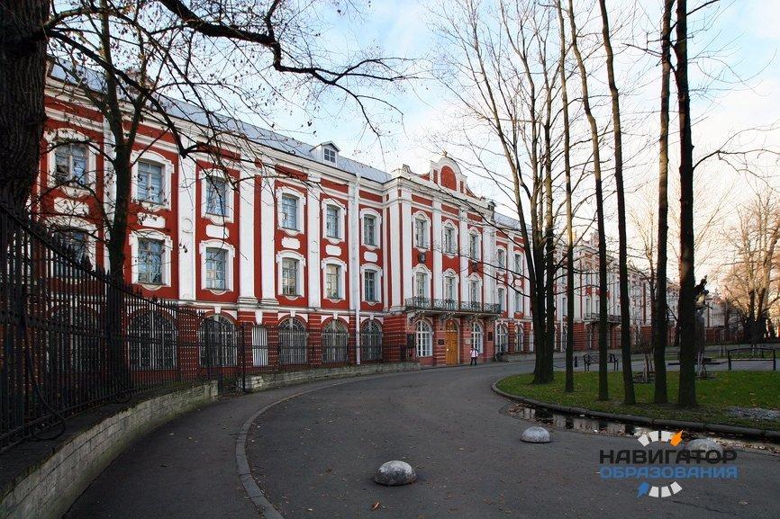Госдума дала разрешение МГУ и СПбГУ присуждать учёные степени в обход ВАК