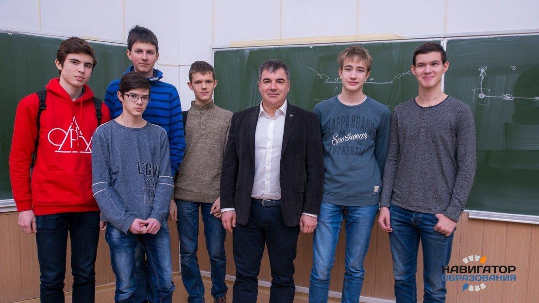 Российские школьники привезли шесть золотых медалей с олимпиады IJSO