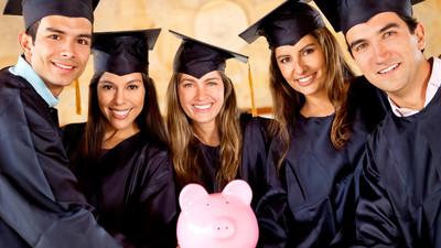 Повысят ли студентам стипендию до прожиточного минимума?