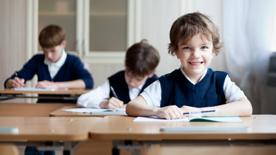 В первую смену перешли учиться более 8000 школьников Подмосковья в 2014 году
