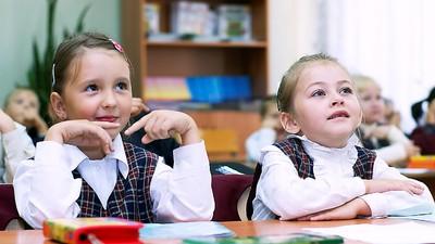 Д. Ливанов: второй иностранный язык введут в школах поэтапно