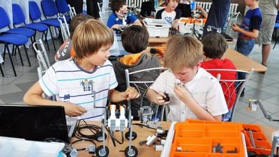 В России появится научно-производственный центр и совет по робототехнике