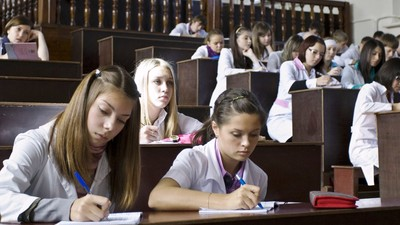 Размер стипендии студентов намереваются сделать зависимым от их будущего трудоустройства