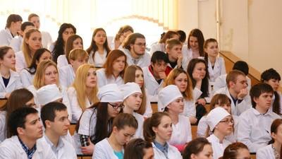 Представители Минздрава Подмосковья проводят встречи с выпускниками медвузов
