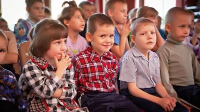 После окончания школы адаптироваться в обществе удается 25% детей-сирот