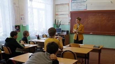 Премьер-министр РФ подписал распоряжение о выделении 50 миллиардов рублей на ремонт и строительство школ