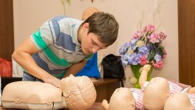 Учителя школ пройдут медподготовку