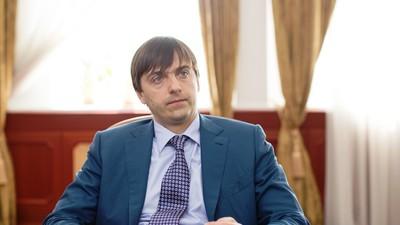 Рособрнадзор проверит уровень подготовки учителей русского языка, литературы и математики