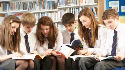 Патриарх Кирилл предложил сформировать единый перечень литературы для изучения в российских школах