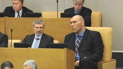 Н. Валуев выступил с предложением ввести в школьную программу занятия по патриотическому воспитанию