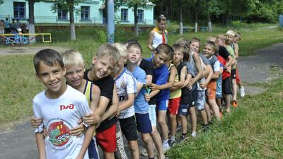 Стоимость путёвки в загородный лагерь в среднем составляет 24 тысячи рублей