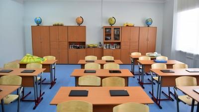 Д. Медведеву представили проект строительства образовательных центров, объединивших детский сад и школу
