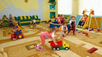 Верховный суд РФ выступил против допуска детей в детсады только по месту регистрации