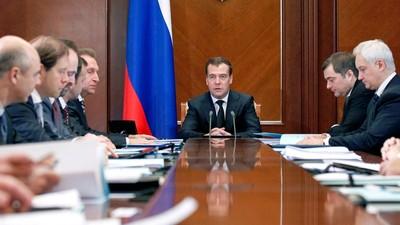 Д. Медведев наметил приоритеты в развитии школьного образования и СПО