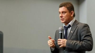 Учителя года России-2007 уволили за отказ подделать оценки учащихся