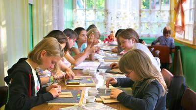 В Москве право детей на допобразование ограничивают медсправками